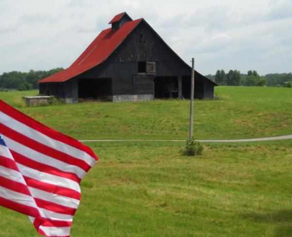 Barn and Flag at Richmond KY