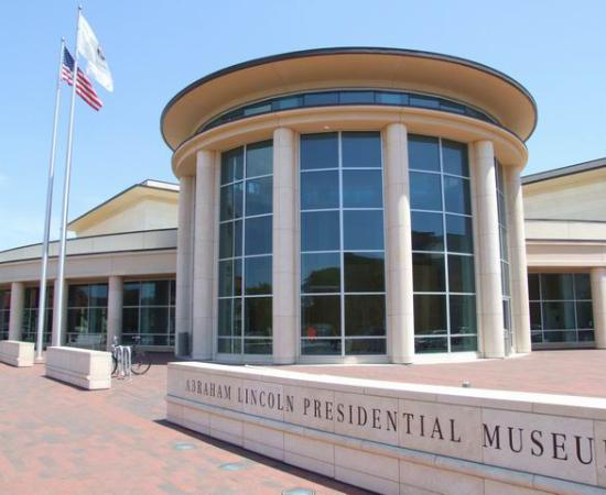 Lincoln Presidential Museum Exterior