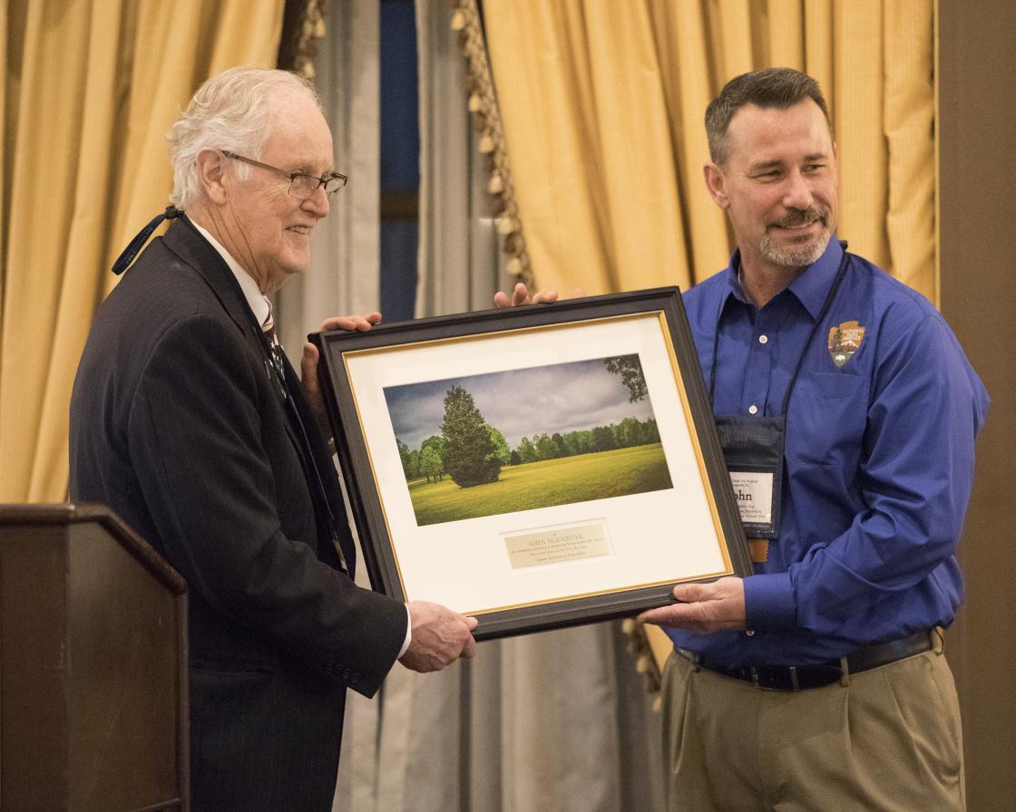 Jim Lighthizer and NPS Superintendent John Slaughter